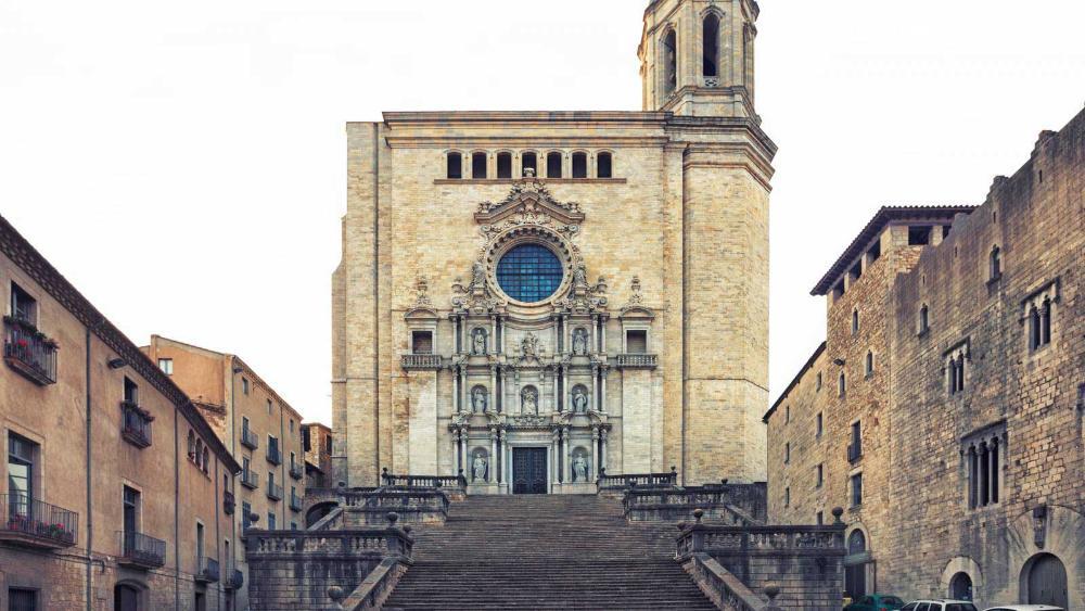 Parking En Catedral De Girona Girona Saba Aparcamiento